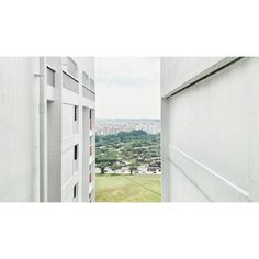 #sandwich #concrete #jungle #highrise #overlooking #view #layering #sg