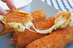 Potato sticks with cheese and sauce: Snack and sandwiches // Svetlana Pravdenkova Potato Sticks, Potato Croquettes, Cheesy Potatoes, Canapes, Finger Foods, Tapas, Food And Drink, Veggies, Appetizers