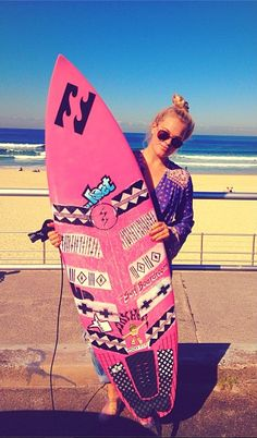 Board art! dont like pink but like goes to the art on it :)
