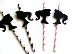Love these Vintage Barbie party straws.