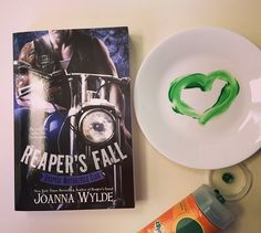 Reaper's Fall by Joanna Wylde - http://jacquelinesreads.blogspot.com/2015/11/reapers-fall-reapers-mc-5-by-joanna.html#more