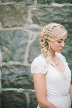 Beautiful bridal hair that could suite either boho bride or an elegant bridal style.   Bridal Hair, Wedding Hair, Bridal style,