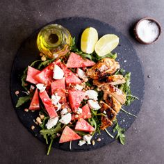 Spicy grilled chicken salad with watermelon, goat's cheese and sprouts Spicy Grilled Chicken, Large Plates, I Want To Eat, Light Recipes, Recipe Collection, Lunch Ideas, Cobb Salad, Sprouts, Goat