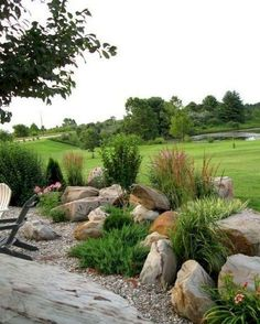 Barrier rock garden between two different spaces - public/private areas. Beautiful Front Yard Rock Garden Landscaping Ideas - Page 53 of 76 Landscaping Supplies, Front Yard Landscaping, Backyard Landscaping, Landscaping Ideas, Backyard Ideas, Steep Backyard, Desert Backyard, Hydrangea Landscaping, Luxury Landscaping
