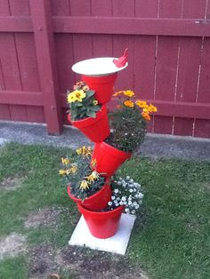 It looks fantastic in our garden :)