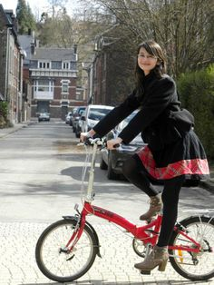 Cycle Chic Belgium » Blog Archive » First spring with Andreea from Skirt Bike