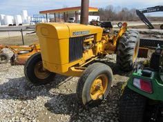 59hp John Deere JD400 Old John Deere Tractors, Jd Tractors, John Deere Equipment, Farming Life, Farm Boys, Old Farm, Big Trucks, Cowboys, Porn