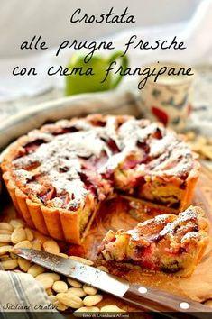 Crostata con crema frangipane e prugne fresche