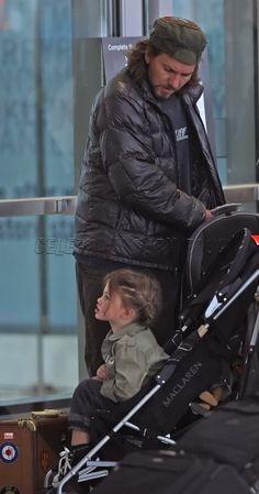 Eddie Vedder & Olivia