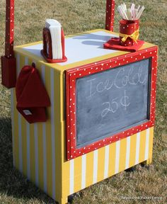 Beyond The Picket Fence: Lemonade Stand from old cart