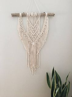 MACRAME WALL HANGING//macrame decor//macrame wall
