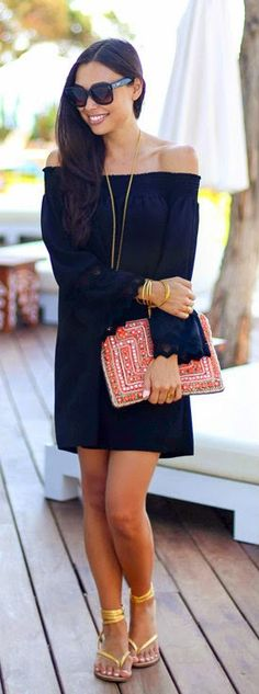 Daily New Fashion : Black Off The Shoulder Dress