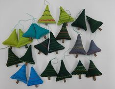 Diy And Crafts, Crafts For Kids, Arts And Crafts, Activity Bags, Textile Fabrics, Working With Children, Art School, Handicraft, Decorative Bells