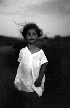 Does anyone know who this photographer is?  Oh yes:) It´s Diane Arbus and it´s her daughter Amy on the photo. (Björn Abelin)