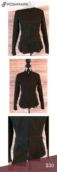 CYNTHIA ROWLEY Black Peplum Style Jacket Black Peplum style jacket! Waterproof. Loose fitting and comfortable. Worn several times. Shown on a size 2 mannequin. Zips up the front. Let me know if you have any questions prior to purchase! 🤗💕 Cynthia Rowley Jackets & Coats