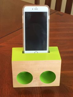 iPhone speaker/Passive amplifier by JohnRoseDesigns on Etsy