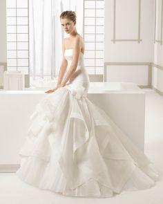 19 Idee Su Atelier Spose A Benevento Sorelle Panella Sposa Spose Atelier
