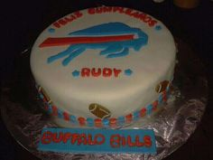 Feliz Cumpleanos to Rudy, one of our international Bills fans who had this great cake for his special day!