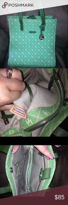Green Dooney and bourke purse EUC Great condition would sale or trade Bags Totes