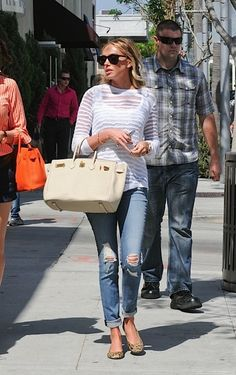 I love this entire look so much!  I HAVE to get me some leopard flats or small wedges very soon!!!