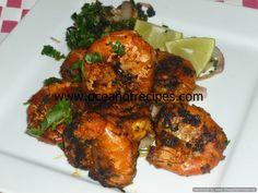 Tangy mutton and ladies finger curry (Bhindi aur gosht ka khatta saalan) Indian Snacks, Indian Food Recipes, Vegetarian Recipes, Snack Recipes, Prawn Curry, Fish Curry, Tiger Prawn Recipe, Green Chilli Sauce, Tandoori Marinade
