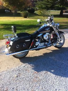 Our Harley Davidson~1998 Harley Davidson Road King Classic Anniversary Edition Photo by Cher Q.