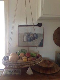 hanging fruit basket/tray