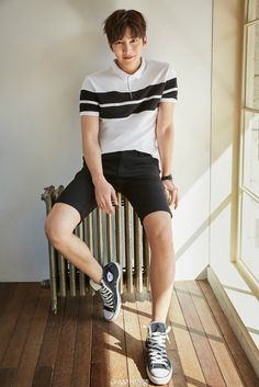 Welcome to fyeahjichangwook, your source for everything (and mostly gifs) on the talented south Korean actor Ji Chang Wook! My name is Caly and I'm a cutie potato :D Korean Star, Love Me Forever, Ji Chang Wook, New Love, Korean Actors, Kdrama, Actors & Actresses, Polo Ralph Lauren, Handsome