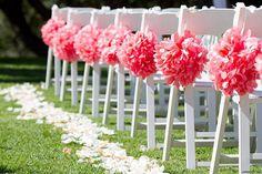 Llena tu boda de color con estos pompones hechos por ti mismo http://idoproyect.com/kits/haz-tus-pompones-de-papel-kit.html#