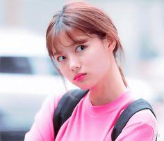 Kim Joo Jung, Character Modeling, Disney Films, Emoticon, Dramas, Beauty Women, Actors & Actresses, Wonderland, Beleza