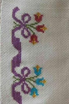 Cross Stitch Bookmarks, Cross Stitch Bird, Cross Stitch Borders, Simple Cross Stitch, Cross Stitch Flowers, Cross Stitch Designs, Cross Stitching, Cross Stitch Patterns, Hand Embroidery Stitches