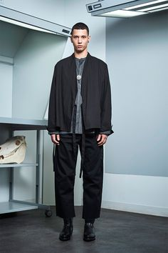 Siki Im presented its Fall/Winter 2017 collection during New York Fashion Week Men's. Winter 2017, Fall Winter, Sustainable Looks, Cool Mustaches, Urban Fashion, Mens Fashion, Student Fashion, Fashion Show, Fashion Design
