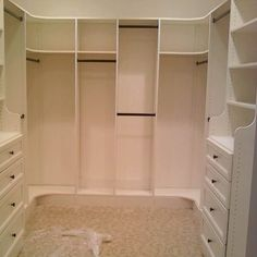 Custom closet by baileyscustom.com