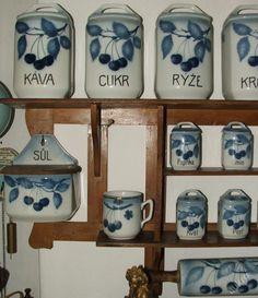 Porcelán-porcelain | Slánky, kořenky,cukřenky | KOŘENKY MLÝNEK HODINY MODRÉ TŘEŠNĚ TEPLICE DOZY | bazaruh.cz
