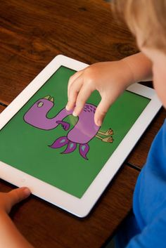 Aujourd'hui je vous présente Little Digits, une application coup de cœur pour apprendre les chiffres avec l'iPad. L'écran tactile détecte le nombre de doigts sur l'écran et affiche le chiffre correspondant. Les chiffres sont animés et très rigolos! Une jolie découverte http://app-enfant.fr/application/little-digits-pour-apprendre-a-compter-avec-ses-doigts/ #Addition #Chiffres #ApprendreACompter #Nombres #Soustraction