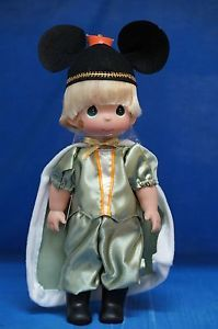 Prince-Fall-ing-For-You-Fall-2014-Doll-Precious-Moments-Disney-Signed-4869