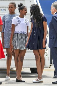 Sasha and Malia Obama When They Shared Some Sisterly Secrets on a Trip to Italy in 2015