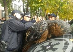 Chewbacca got arrested in Odesa Ukraine. He was driving without a license and showed resistance to the officers on Chewbacca, What Makes You Happy, Are You Happy, Your Best Friend, Best Friends, The Quiet Ones, Cool Iphone 6 Cases, Darth Vader, Geek Stuff