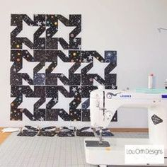 Free Starry Night quilt pattern. Wonky Stars quilt pattern. FQ and Scrap friendly design. #scrapquilt #FQquilts #bayquilt #lapquilt Star Quilt Patterns, Quilt Sizes, Scrappy Quilts, Love Sewing, Sewing Tutorials, Simple Designs, Printing On Fabric, Minimalist, Stars