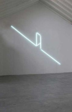 Massimo Uberti   Varco, 2015, neon and transformer, h 500x 600 cm