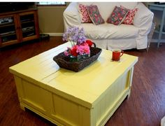 painting a coffee table