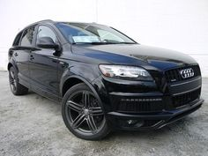 2014 Audi Q7 S line Prestige SUV -- I'm really not a car person, but the q7 is just so pretty!