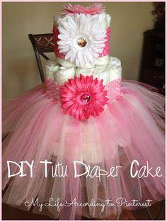 DIY: Tutu Diaper Cake Next baby girl shower im doing this! Deco Baby Shower, Shower Bebe, Baby Shower Diapers, Girl Shower, Baby Shower Games, Shower Party, Baby Shower Parties, Shower Gifts, Diaper Shower