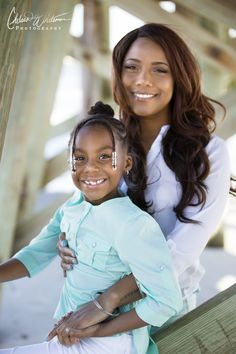 An adorable mommy-daughter portrait photography session at Atlantic Beach, Florida.     www.chelseawhitemanphotography.com