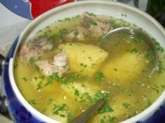 Romanian gritz and chicken soup Lunch Recipes, Soup Recipes, Great Recipes, Cooking Recipes, Favorite Recipes, European Dishes, Avocado Salad Recipes, Hungarian Recipes, Romanian Recipes