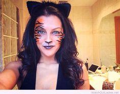 Halloween tiger makeup
