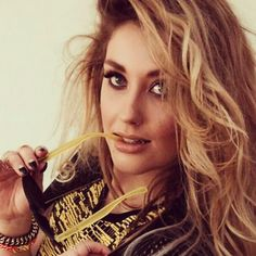 All true. 18 Reasons Your Ella Henderson Obsession Starts Now Beauty Makeup, Hair Makeup, Hair Beauty, Surf Spray, Ella Henderson, Country Music Videos, Celebrity Photography, Love Me Like, Bbc Radio