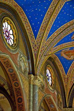 Santa Maria sopra Minerva - Interior detail, the only Gothic church in Rome