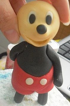 STEP BY STEP MICKEY MOUSE