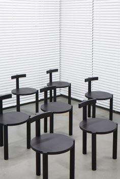 MINIMAL CHAI DESIGN| simple design chair  | www.bocadolobo.com/ #modernchairs #chairideas